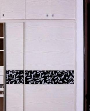 布衣柜缝的方法步骤图纸