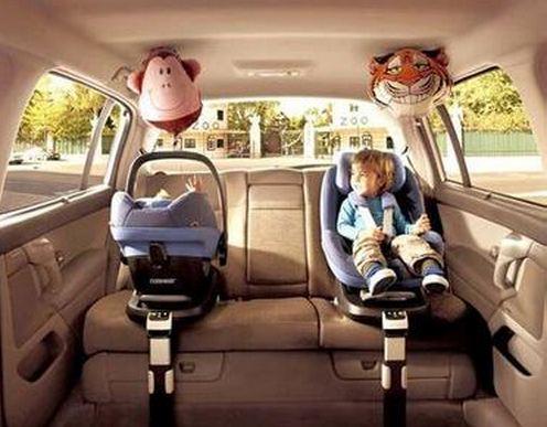 交通事故引发儿童安全座椅问题关注