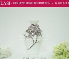 高品质陶瓷花瓶